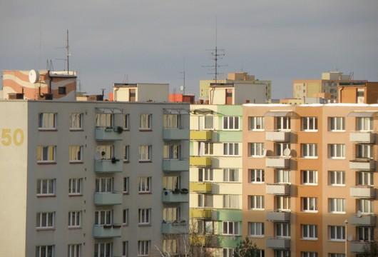 bydleni ve meste