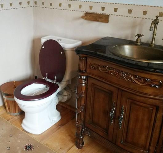 bidet soucasti retro koupelny